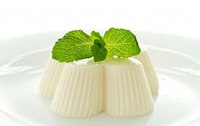 Как приготовить по лучшим рецептам молочное желе с желатином в домашних условиях