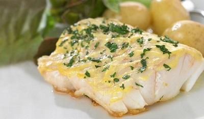 Пошаговой рецепт запеченной в духовке трески с картошкой с фото