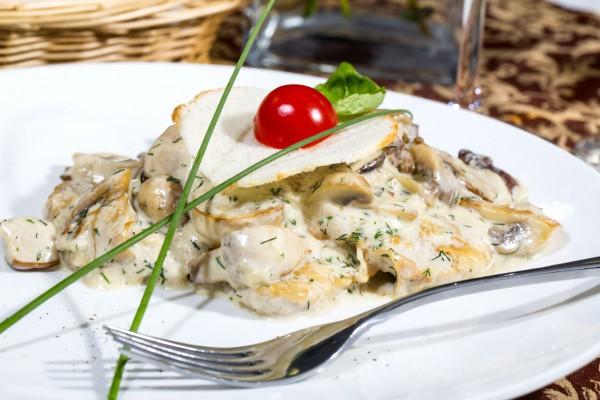 Вкусные рецепты приготовления грибов в сливочном соусе