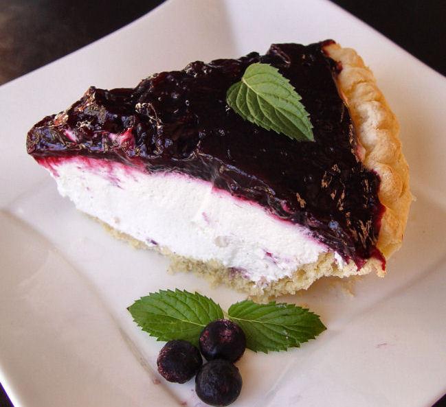 Готовим красивый и вкусный желейный торт с фруктами