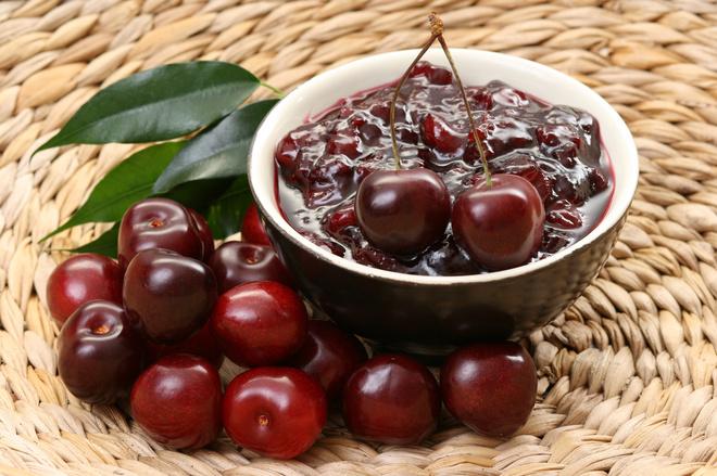 Как приготовить вкусное вишневое варенье с шоколадом