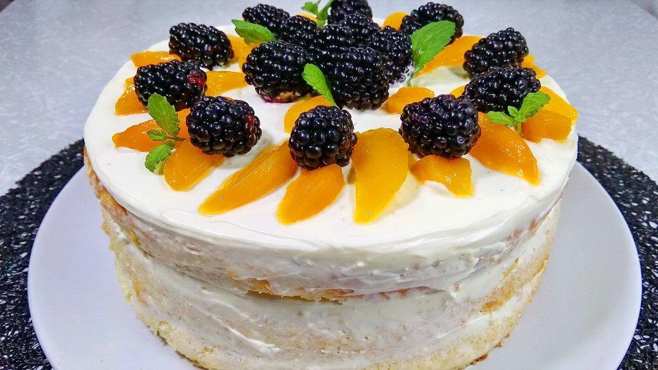 Готовим домашний бисквитный торт с творожным кремом