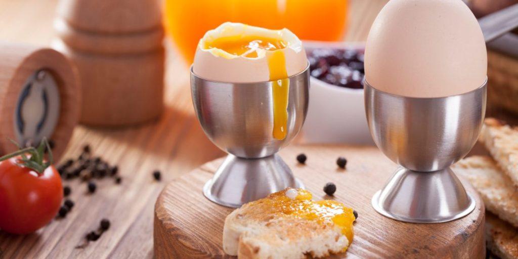 Как готовить яйца всмятку, вкрутую - время варки