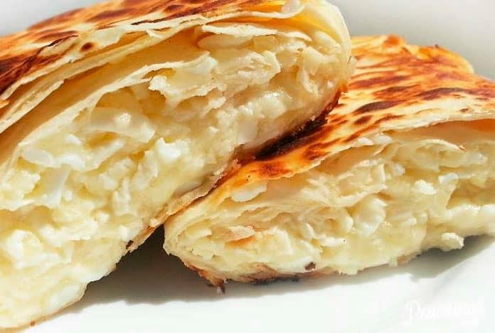 Готовим хачапури из лаваша с сыром и творогом