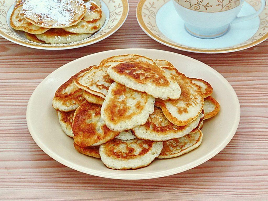 Оладьи к завтраку: рецепты без яиц на молоке