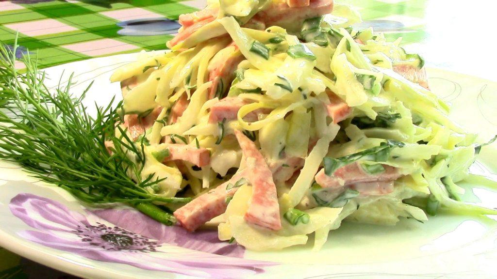 Рецепты салата с пекинской капустой и кукурузой