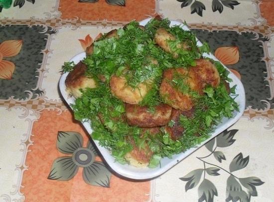 Вторая жизнь картофельного пюре: что можно приготовить из остатков гарнира