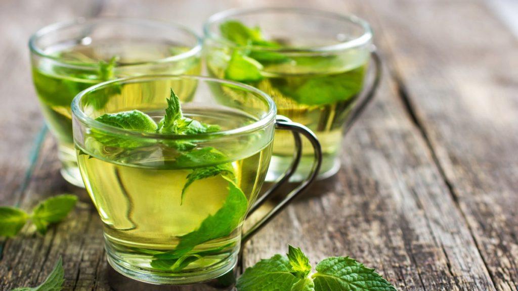Как зеленый чай влияет на давление: правила заваривания