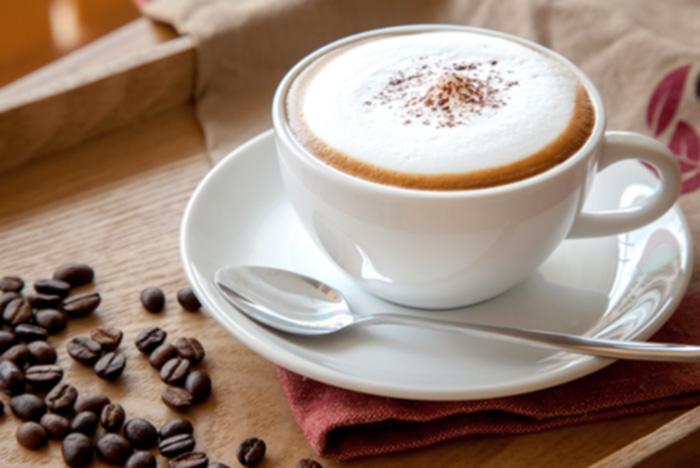 Как правильно пить кофе - с молоком или без?