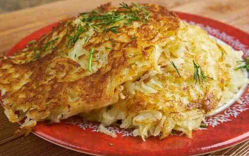Как приготовить диетические капустные оладьи