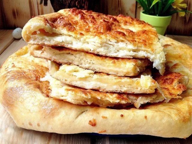 Готовим хачапури с сыром на сметане в духовке или на сковороде
