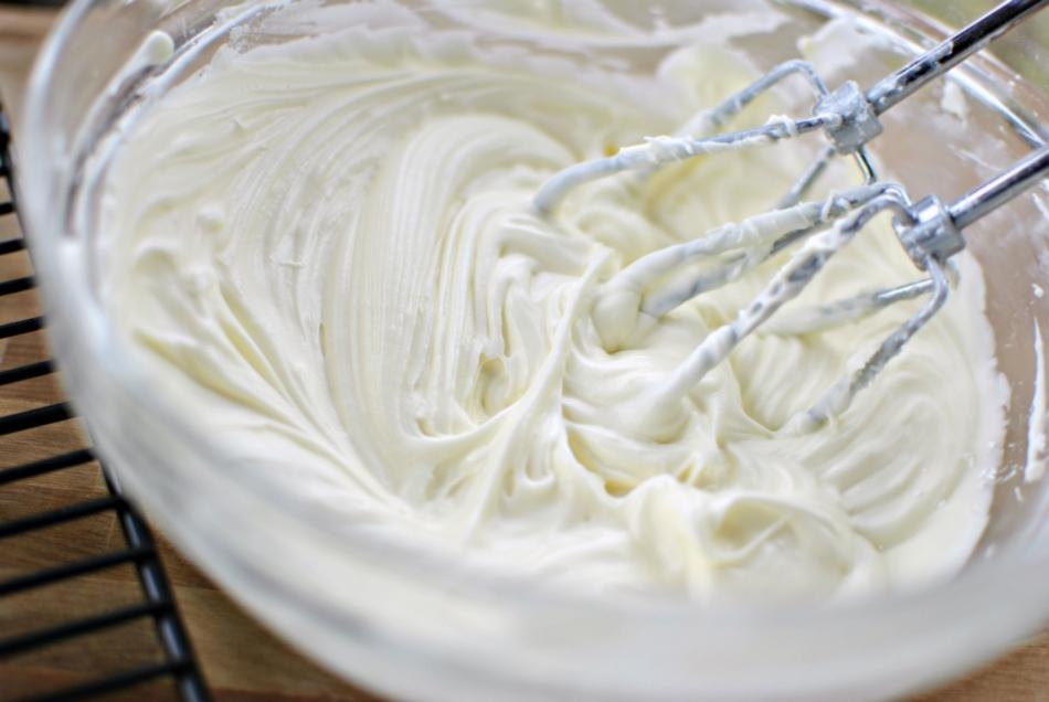 Как сделать крем из сливок для торта в домашних условиях
