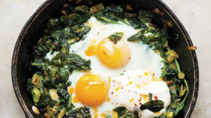 Омлет со шпинатом - вкусные рецепты с помидорами, сыром и другими добавками