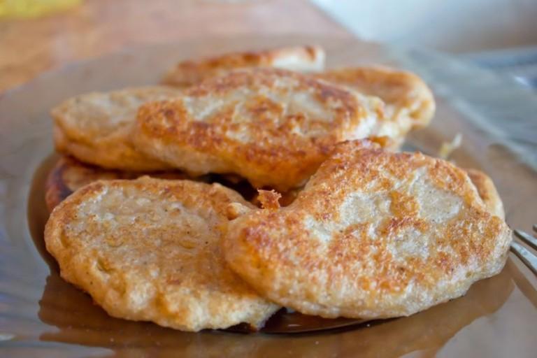 Готовим диетические оладьи из овсяных хлопьев: рецепты с фото