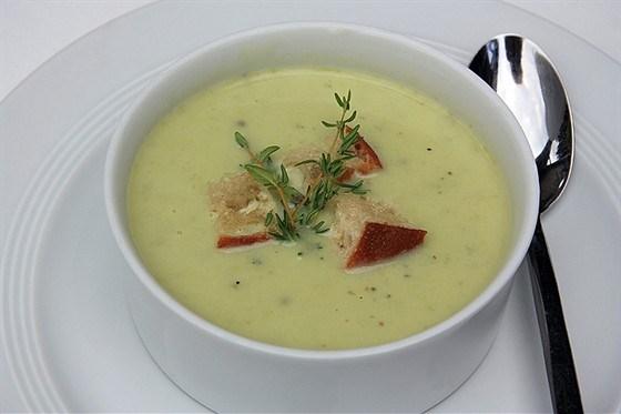 Рецепты приготовления супа-пюре из стеблей сельдерея со сливками