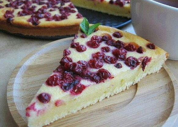 Как привкусный сладкий пирог быстро и просто