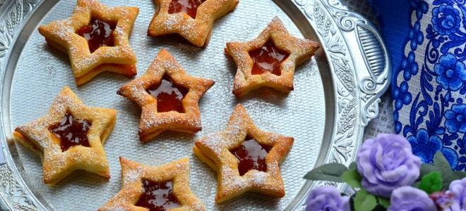 Готовим домашнее песочное печенье с вареньем