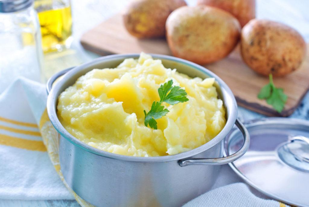 Картофельное пюре — рецепты с маслом, со сливками, с молоком