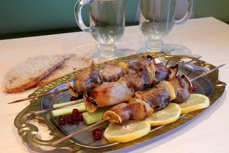 Маринад для шашлыка из свинины с лимоном и луком