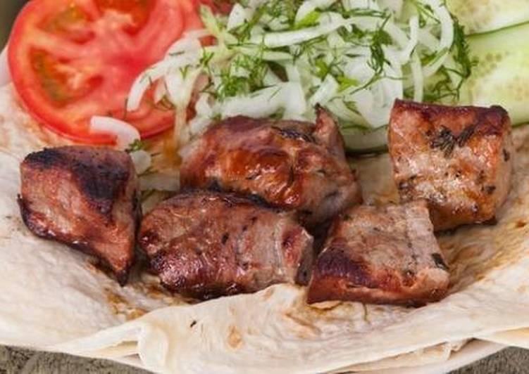 Как замариновать свинину на шашлык в майонезе: секреты