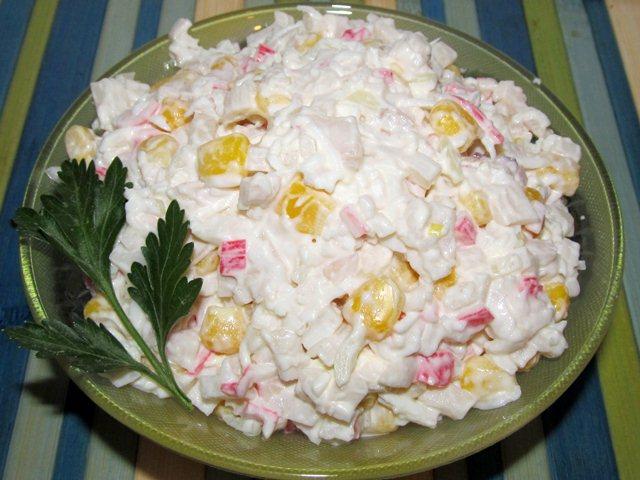 Готовим крабовый салат с креветками на праздничный стол