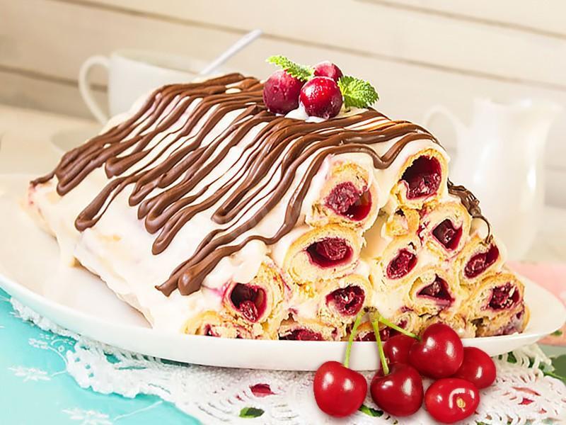 """Торт Монастырская изба"""" с вишней со сметанным кремом"""
